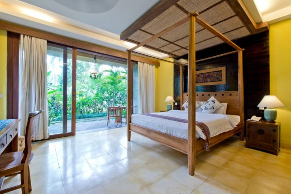 Cempaka bedroom (standard suite)